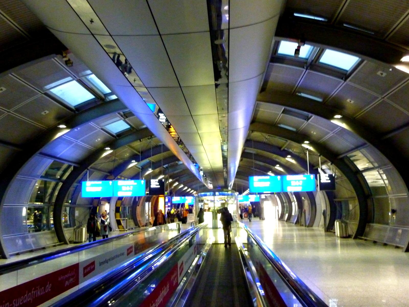 Deutschland Deine Bahnhofe Frankfurt Flughafen Fernbahnhof Ach Komm Geh Wech